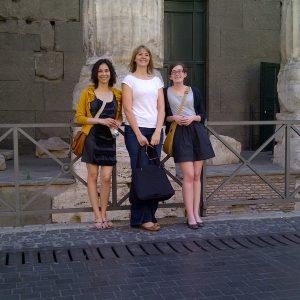 Margaret, Clarissa, Amy - Rome 2011